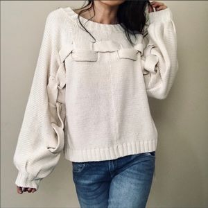 💚WOW Couture NWT sweater